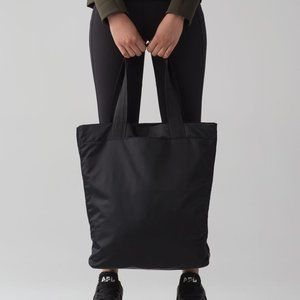 Lululemon NWT Double Up Tote Bag